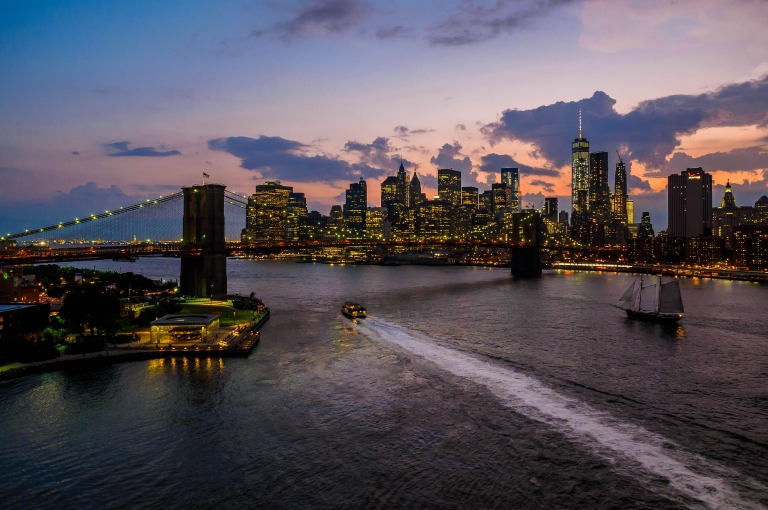East River, Manhattan Lower East Side and Brooklyn Bridge © 2015 Thomas Geist